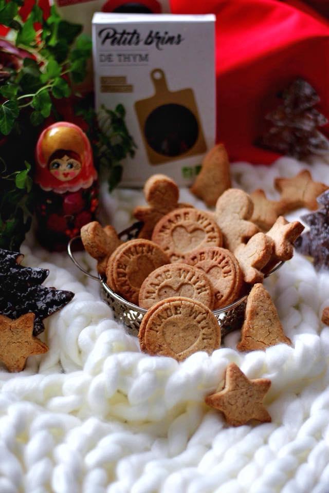 biscuits paéritifs au thym et au parmesan