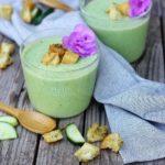 soupe glacée de concombre à la menthe