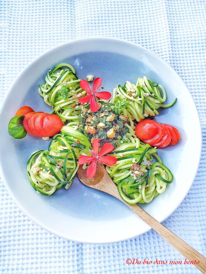 Salade de courgettes au ppesto