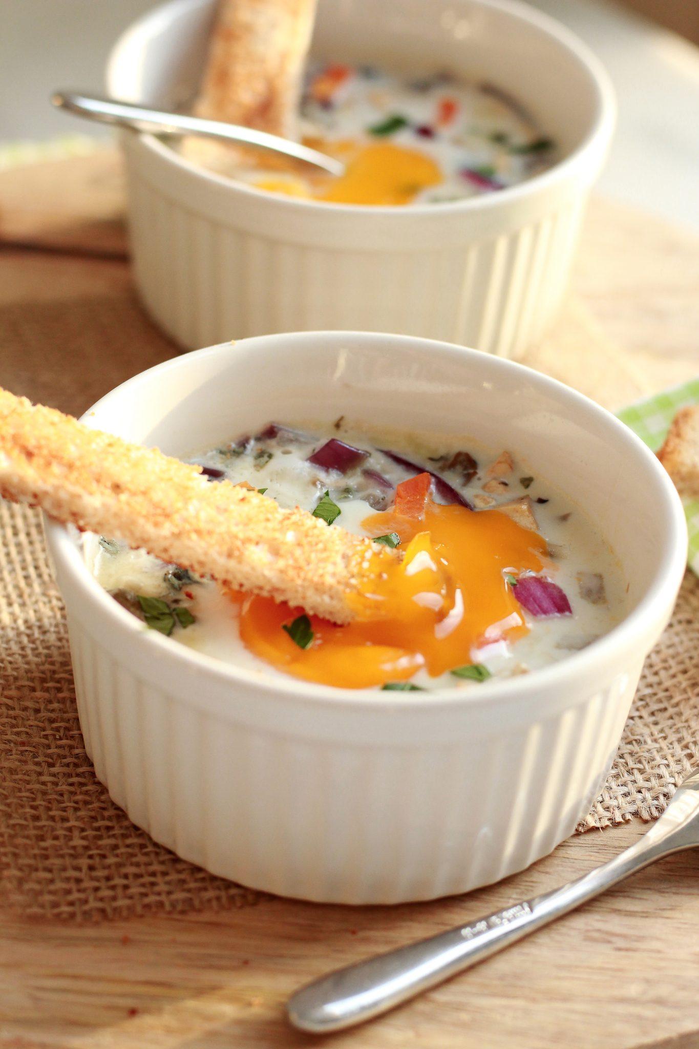 oeufs cocotte champignon roquefort à la vapeur douce
