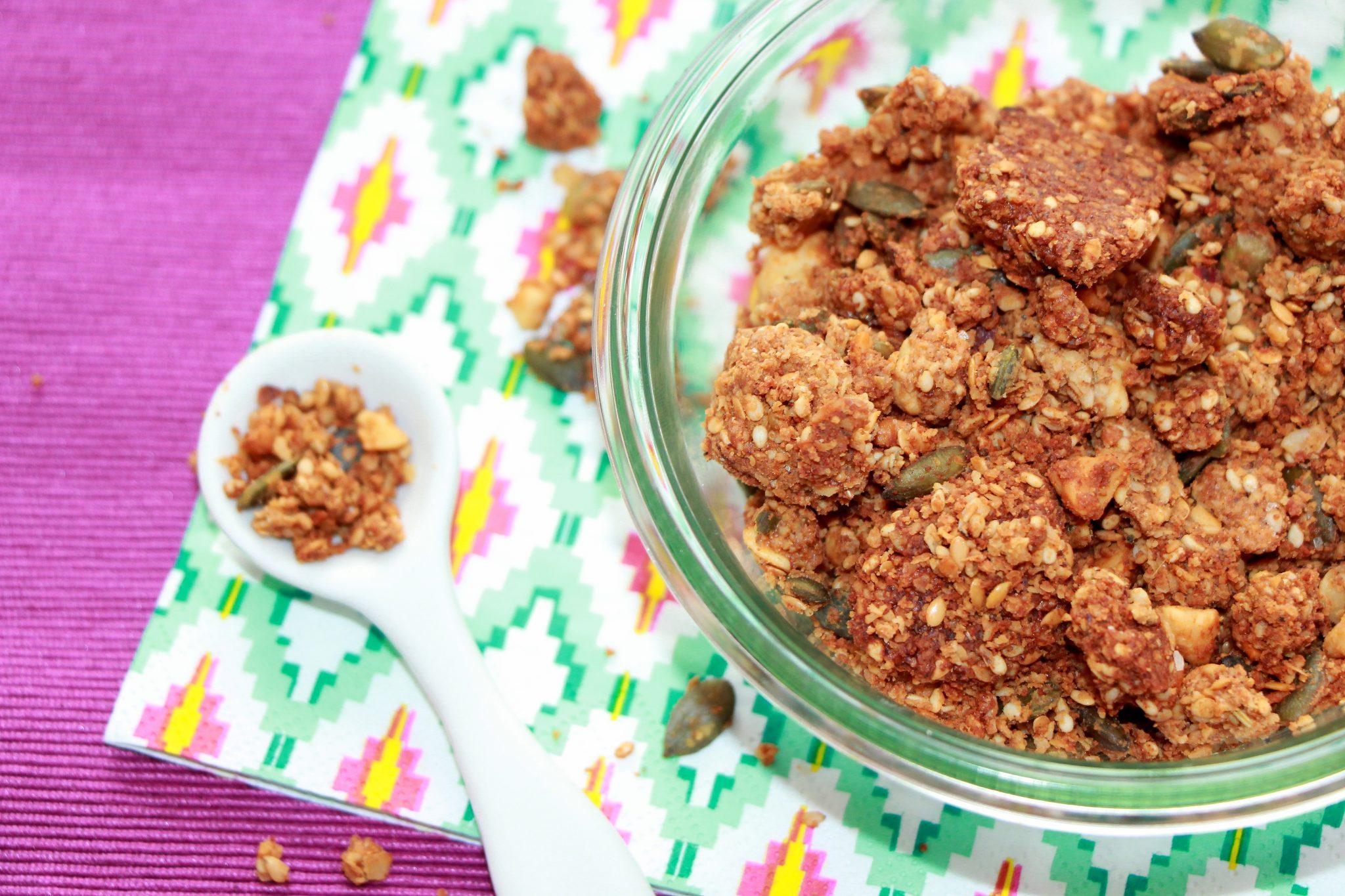 granola salé aux noisettes