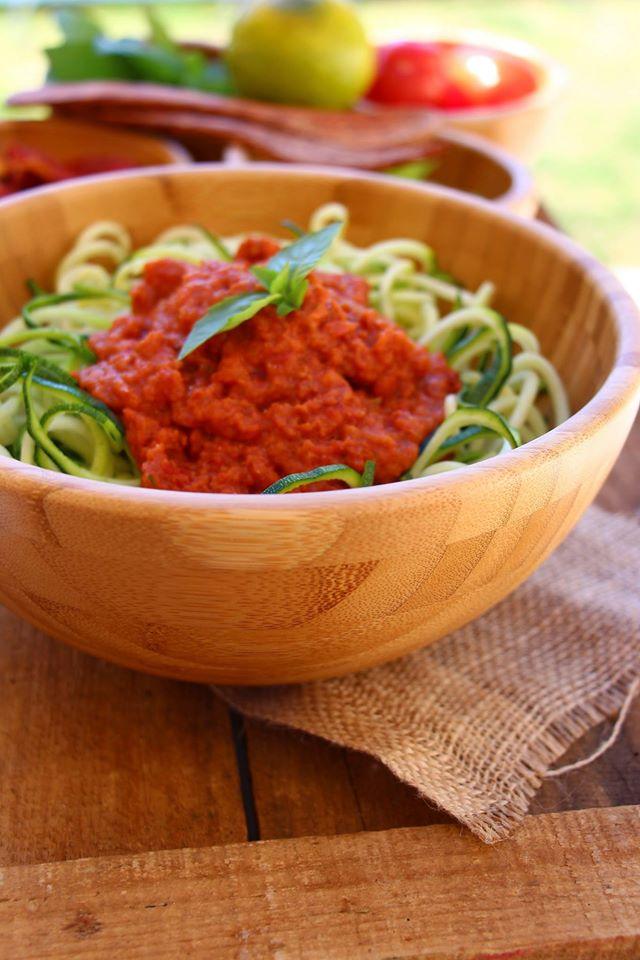 salade de courgette façon spaghetti marinara