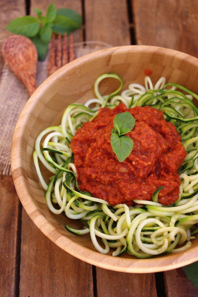 salade de courgettes façon spaghetti marinara