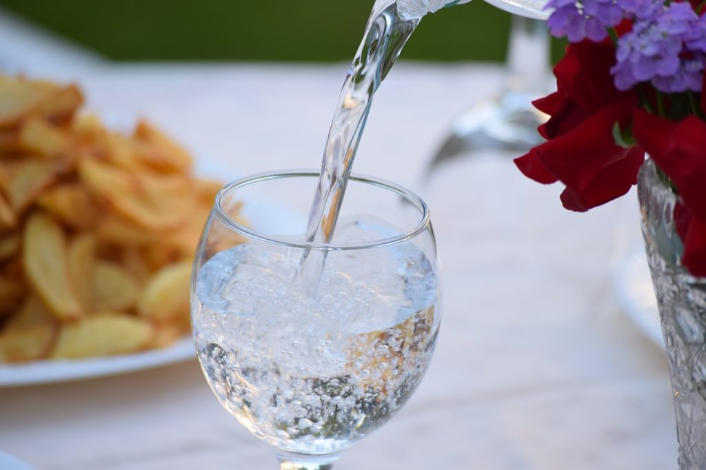Binchotan purifiez l'eau que vous buvez