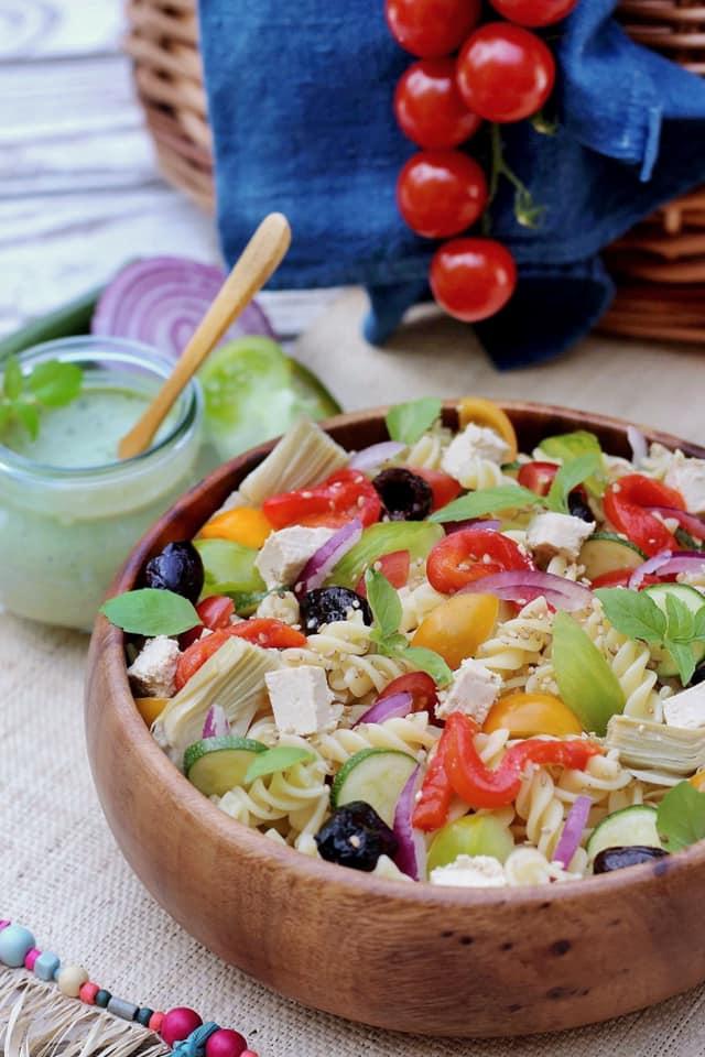 Salade de pâtes au pesto  végétal